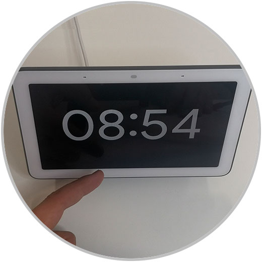 1-Set-Alarm-Google-Nest-hub.jpg